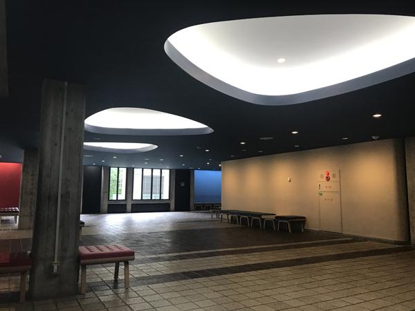 弘前市民会館3.jpg